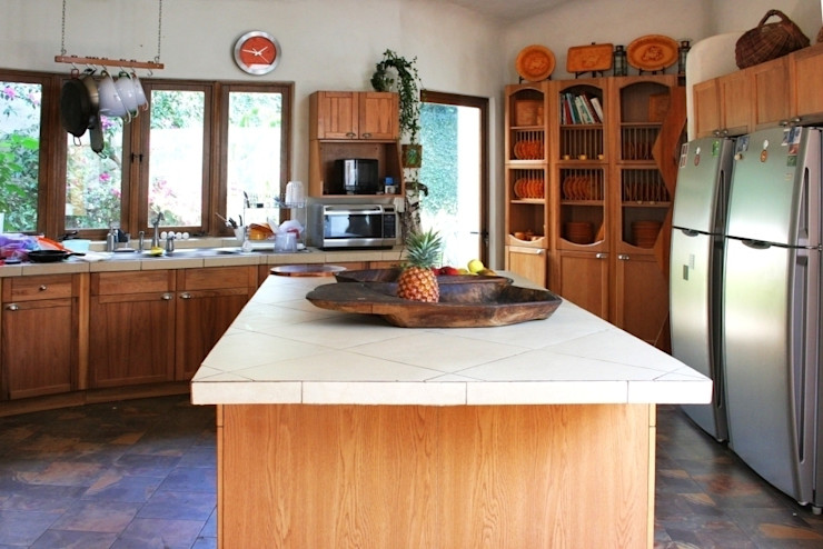 Cenquizqui 廚房收納櫃與書櫃