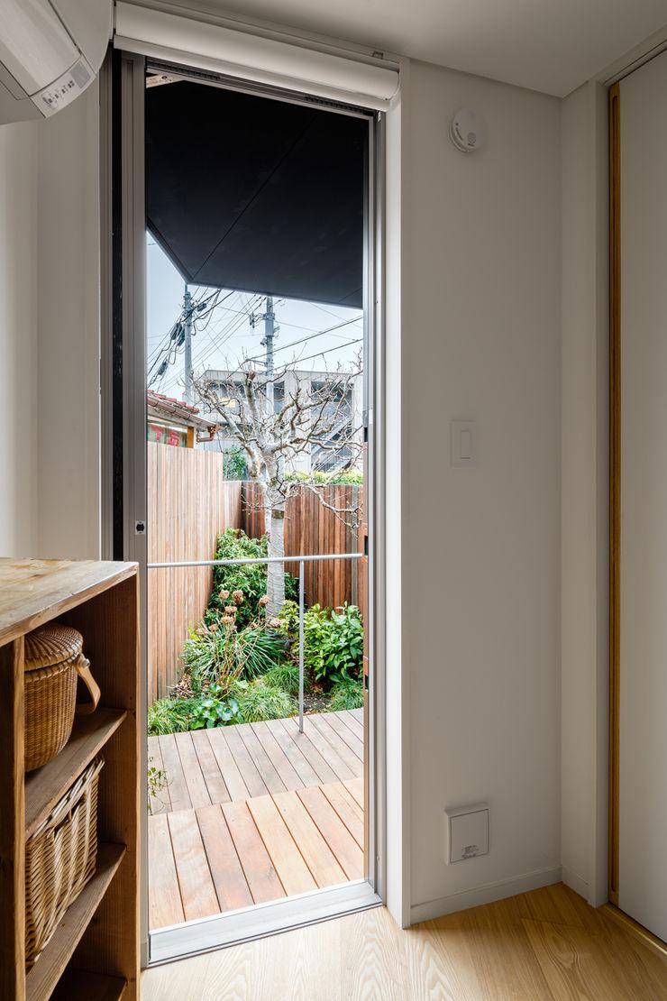 トンガリの家 株式会社リオタデザイン モダンな庭