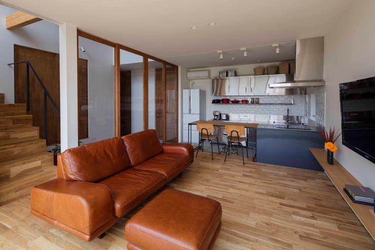 arbol Modern Living Room