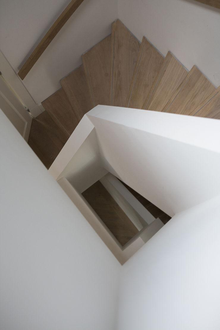 trappenhuis Boks architectuur Moderne gangen, hallen & trappenhuizen