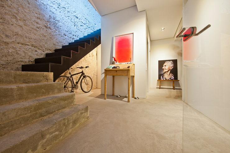 CIP Architekten Ingenieure industrial style corridor, hallway & stairs.