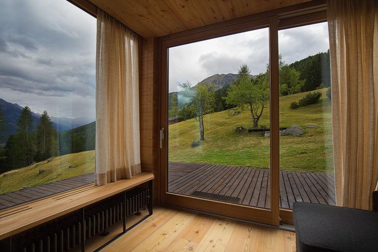BEARprogetti Modern living room