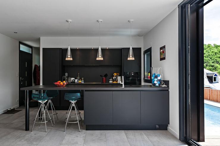 Hugues Tournier Architecte Modern style kitchen
