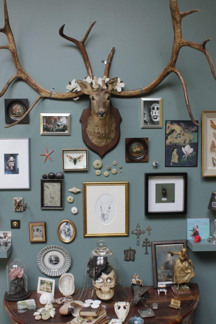 """Curieux Cabinet !"" Marie Dumora Salon original"