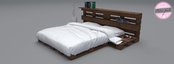 Exclusives Bett - Loft Design - Palette homify SchlafzimmerBetten und Kopfteile