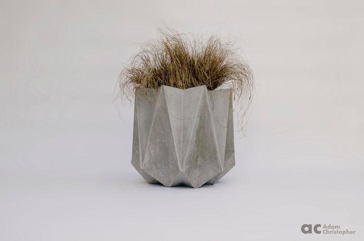Kronen 65 Planter In Warm Grey Concrete Adam Christopher Design GiardinoFioriere & Vasi