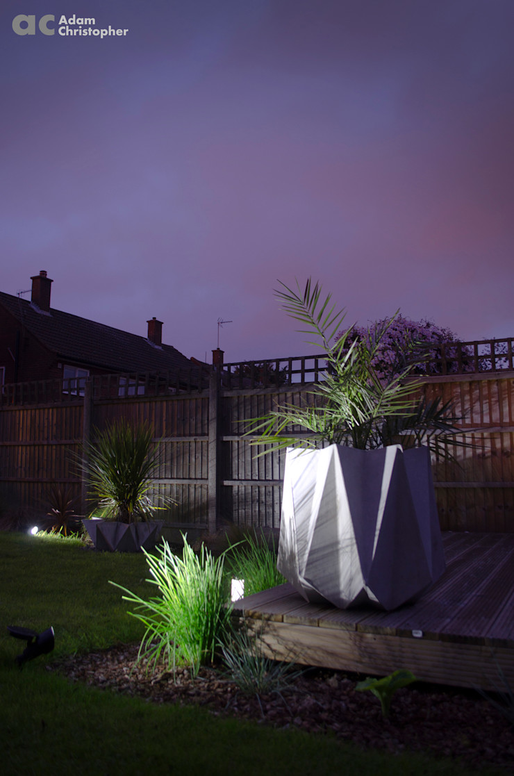 Kronen 65 Planter In Warm Grey Concrete Adam Christopher Design GiardinoFioriere & Vasi Cemento Grigio