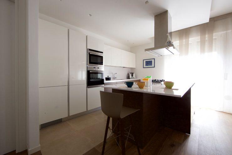 Modularis Progettazione e Arredo Modern style kitchen