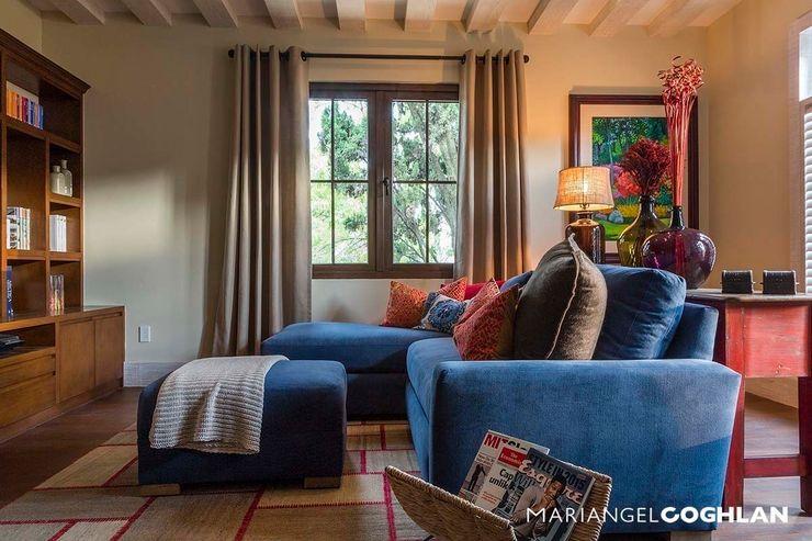 Recámara MARIANGEL COGHLAN Dormitorios modernos