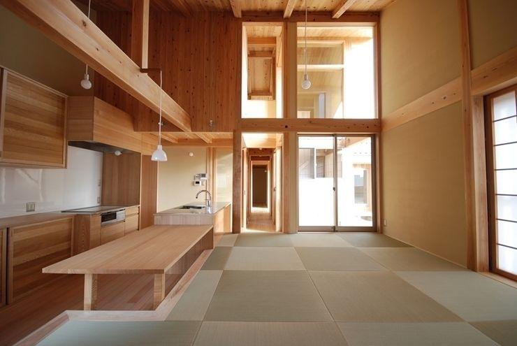 庭つくりの家 神谷建築スタジオ オリジナルデザインの リビング