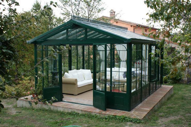 Giardino d' Inverno Cagis mod. British Style mt 5x3,5 homify Giardino d'inverno in stile classico