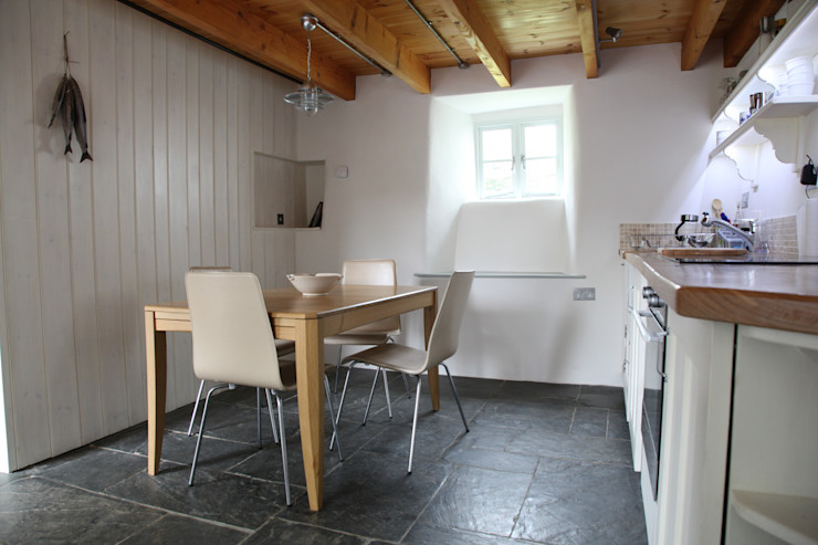 Riley House Innes Architects Rustic style kitchen