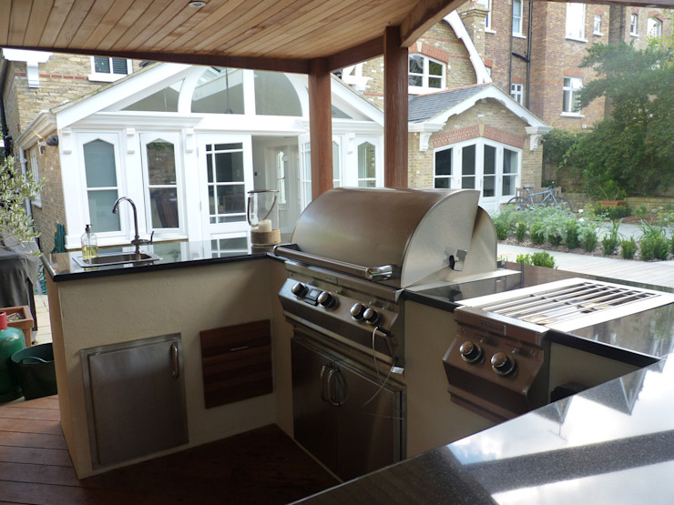 Covered Outdoor Kitchen Design Outdoors Limited Giardino moderno