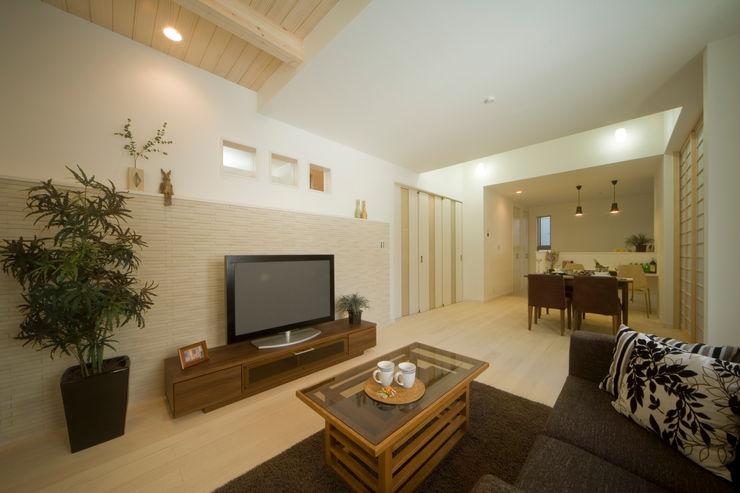 エムズ アーキテクト デザイン 一級建築士事務所 Living room