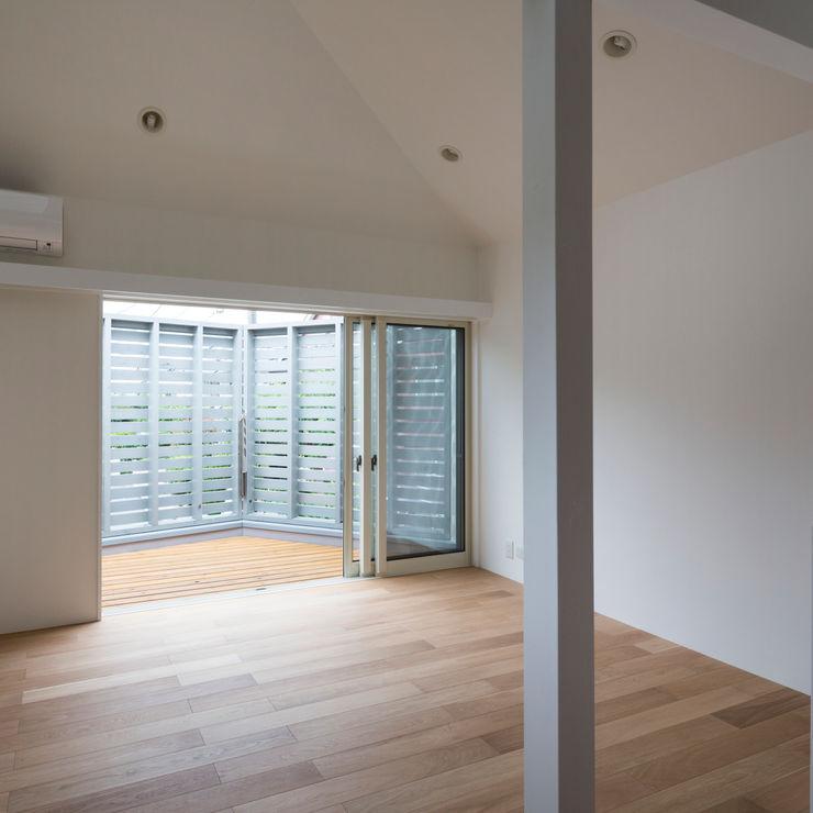 M設計工房 Patios & Decks Wood Grey
