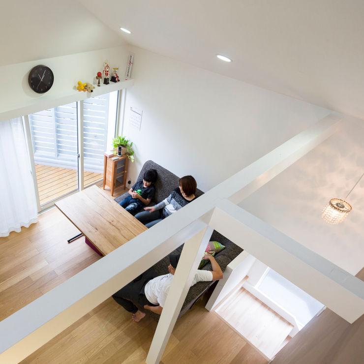 M設計工房 Living room Wood Wood effect
