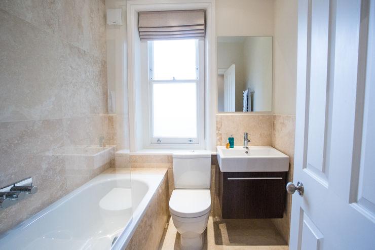Bathroom GK Architects Ltd Ванна кімната
