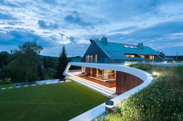 MOBIUS ARCHITEKCI PRZEMEK OLCZYK 現代房屋設計點子、靈感 & 圖片