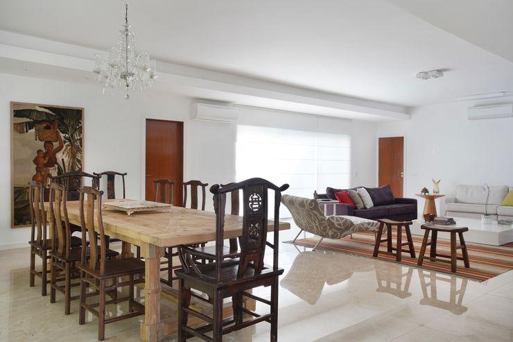 Ricardo Melo e Rodrigo Passos Arquitetura Modern dining room
