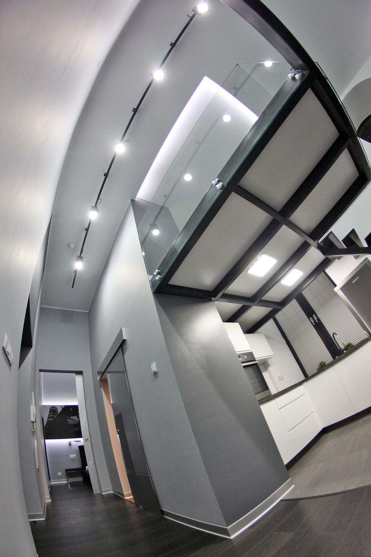 WE LOFT DESIGN Dinding & Lantai Modern