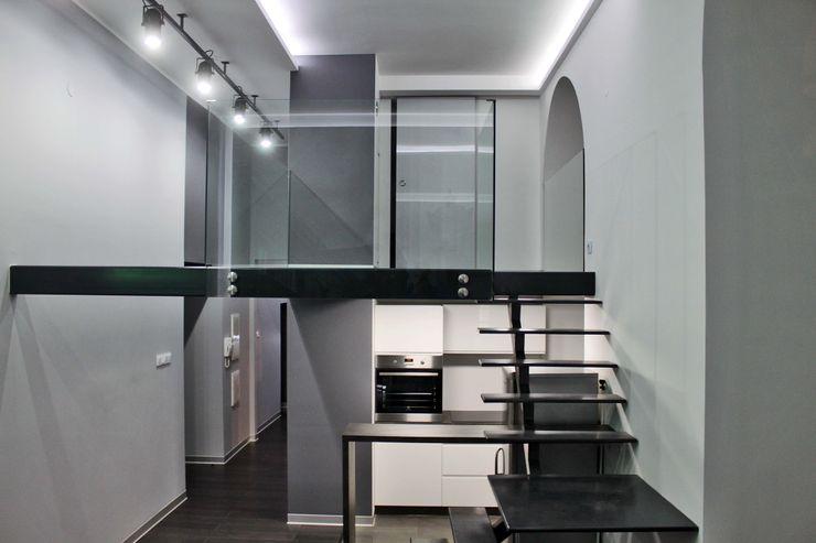 WE LOFT DESIGN Ruang Studi/Kantor Modern