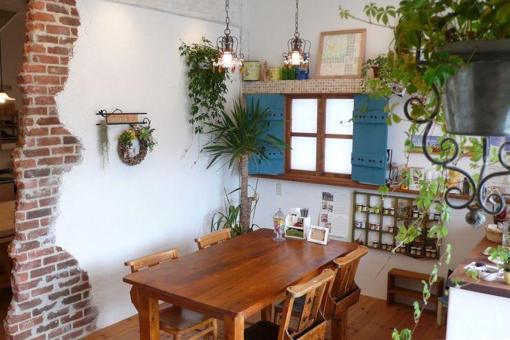 ナチュラワイズ・ショールームの店内 有限会社 八幡工業 ナチュラワイズ オリジナルな商業空間