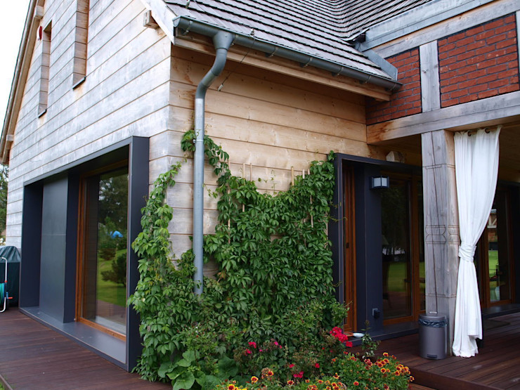 CUBICPROJEKT Balkon, Veranda & Terrasse im Landhausstil