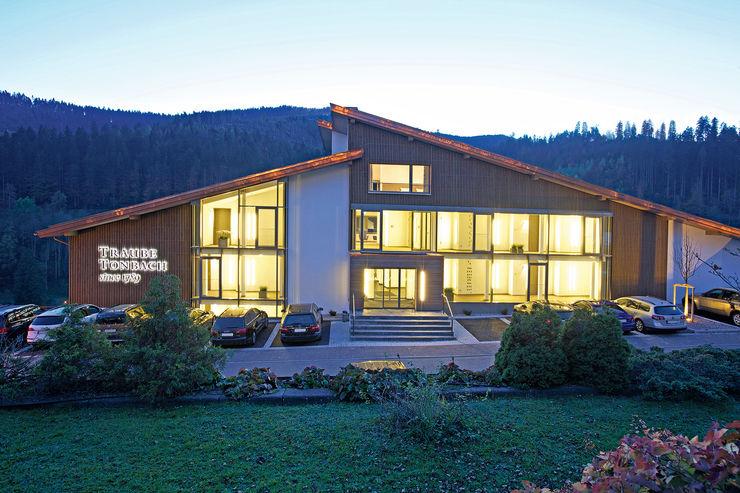 Hotel Traube Tonbach in Baiersbronn ARP - Architektenpartnerschaft Stuttgart Moderne Hotels