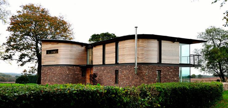 Carreg a Gwydr Hall + Bednarczyk Architects Casas modernas