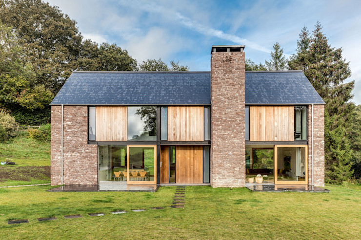 The Nook Hall + Bednarczyk Architects Modern houses
