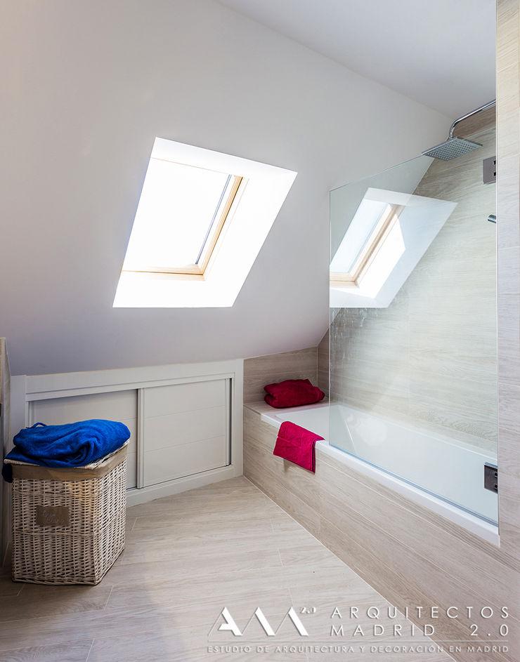 reforma de baño madera Arquitectos Madrid 2.0 Baños de estilo moderno