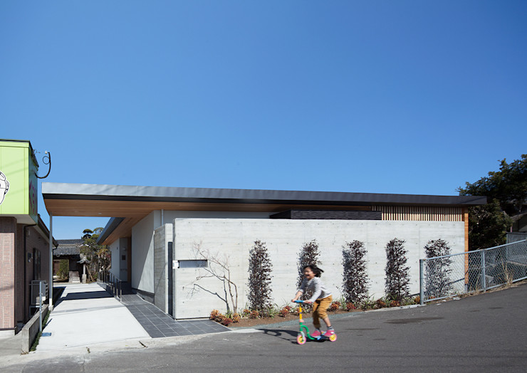 ISDアーキテクト一級建築士事務所 Modern houses Concrete Grey