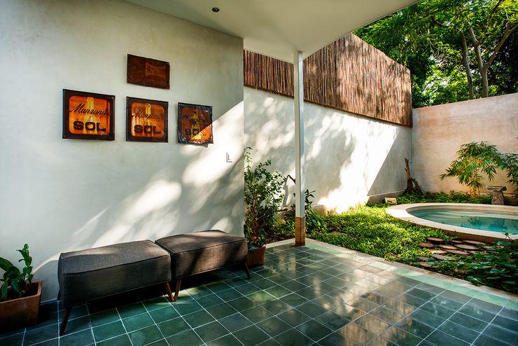 Taller Estilo Arquitectura Hiên, sân thượng phong cách hiện đại