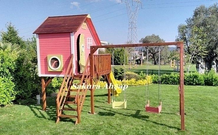 Tarçın Oyun Evi - Yan Görünüş Sakura Ahşap Modern Bahçe