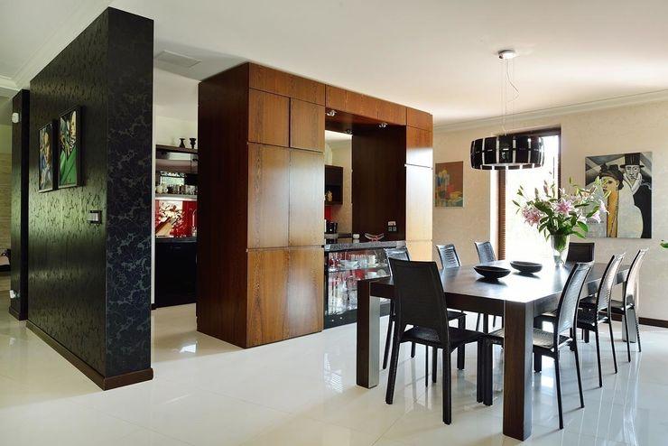 ARCHITEKT.LEMANSKI Modern kitchen