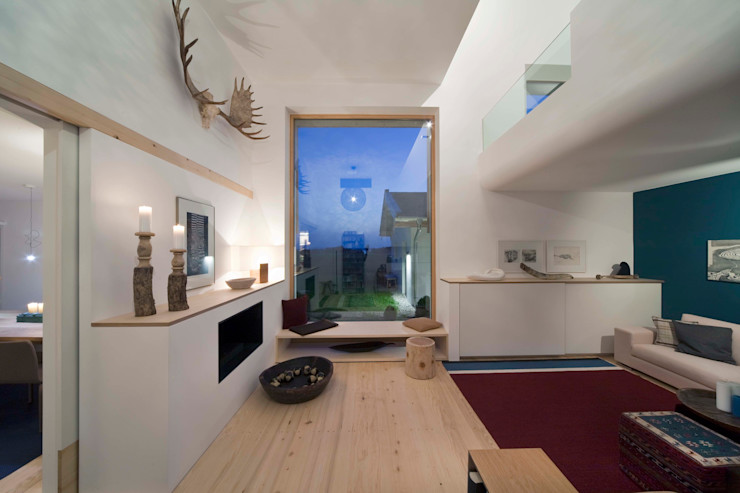 w. raum Architektur + Innenarchitektur Country style living room