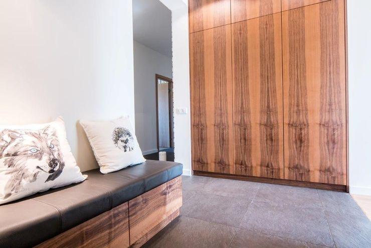 Projektowanie wnętrz Berenika Szewczyk Modern corridor, hallway & stairs
