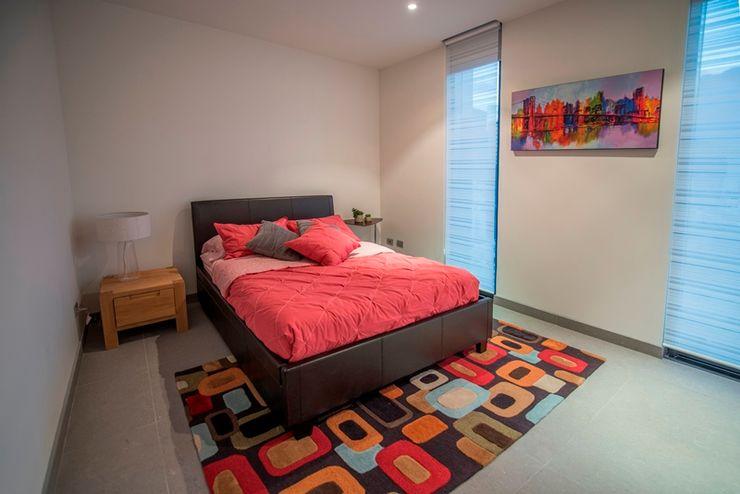 Recámara invitados ESTUDIO TANGUMA DormitoriosAccesorios y decoración Rosa