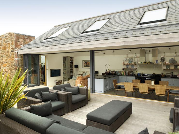 Maison Frie au Four CCD Architects Modern balcony, veranda & terrace