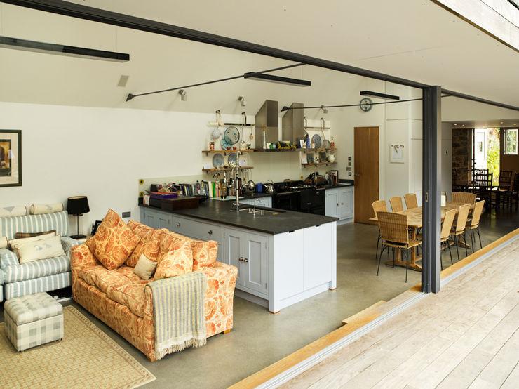 Maison Frie au Four CCD Architects Rustic style kitchen