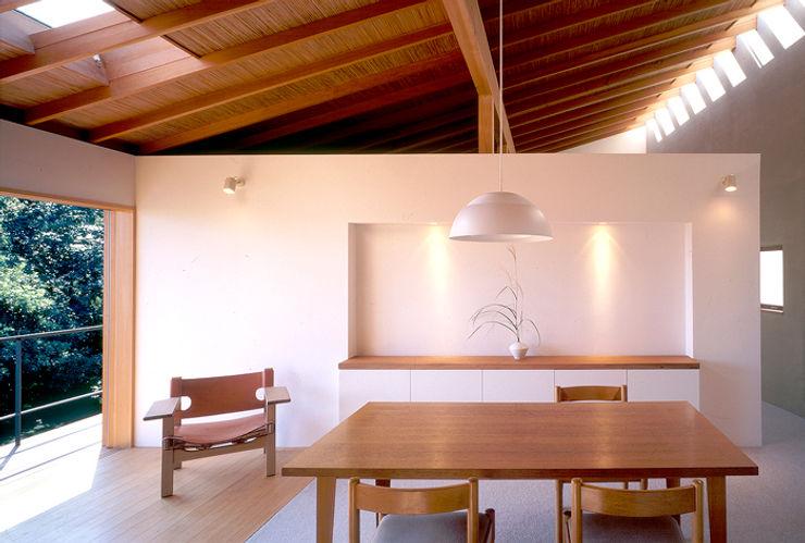 世帯1 主室 八木建築研究所 Yagi Architectural Design モダンデザインの ダイニング