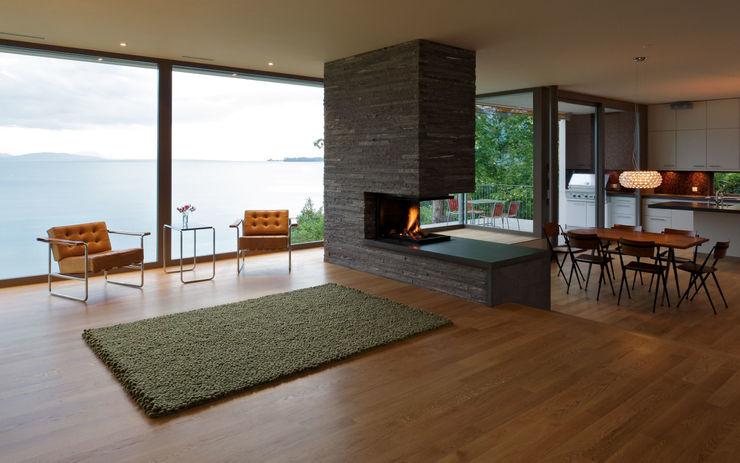 Villa Hubbell Swartz MACH Architektur GmbH Moderne Wohnzimmer
