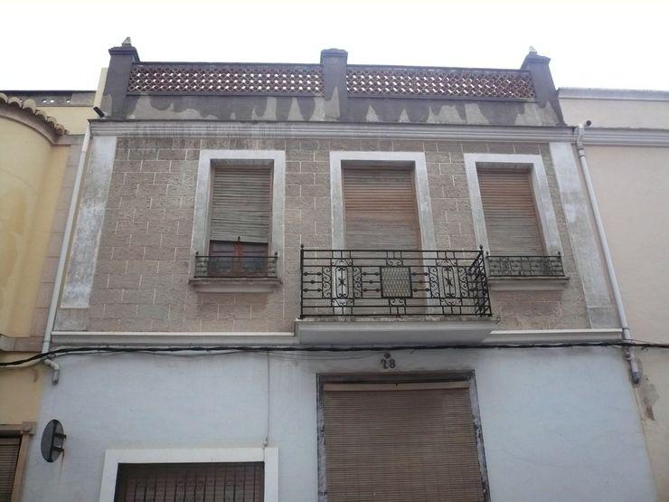 Aris & Paco Camús Modern houses