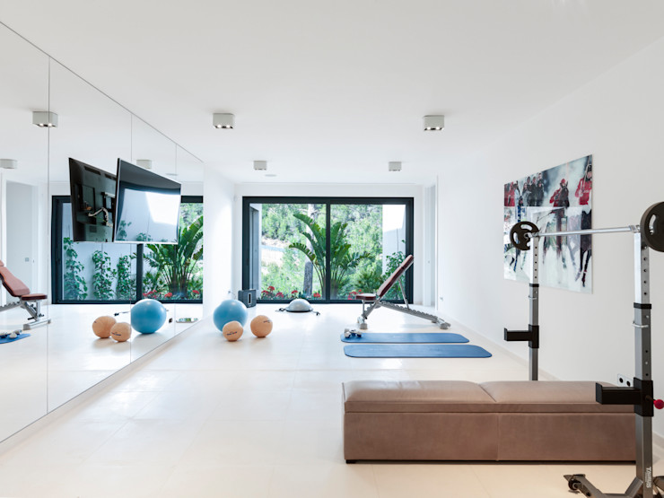 RM arquitectura Minimalist style gym