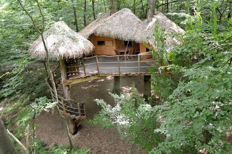 """La cabane """"Robin des Bois"""" Les cabanes de Fontaine Balcon, Veranda & TerrasseMobilier"""
