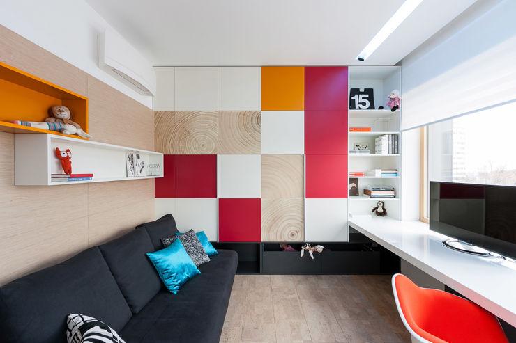 apartment V-21 VALENTIROV&PARTNERS Minimalist nursery/kids room
