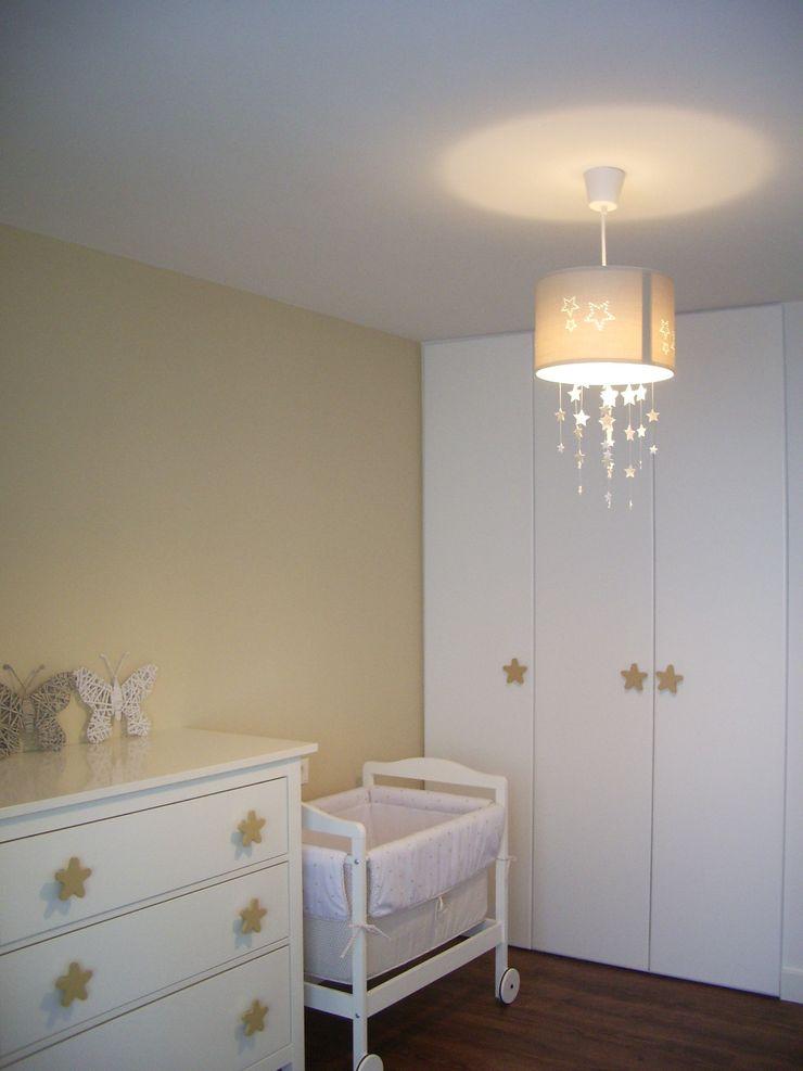 VIVIENDA CHG mae arquitectura Dormitorios infantiles de estilo moderno