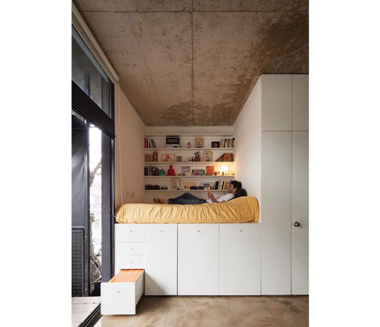 IR arquitectura Modern style bedroom Wood White