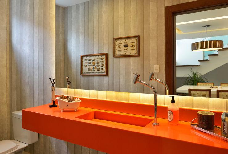 Lavabo Pinheiro Martinez Arquitetura Banheiros modernos Laranja