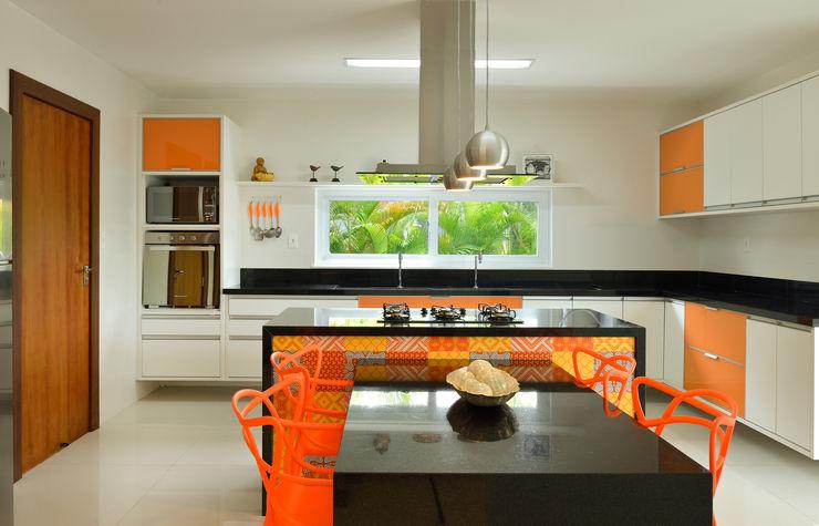 Pinheiro Martinez Arquitetura Cuisine moderne Orange